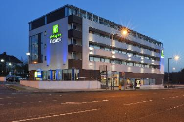 Hotels Near Golders Green