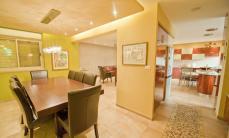 4 Bedroom Wolfson Villa in Rechavia